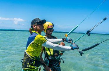 Pacific kite 5