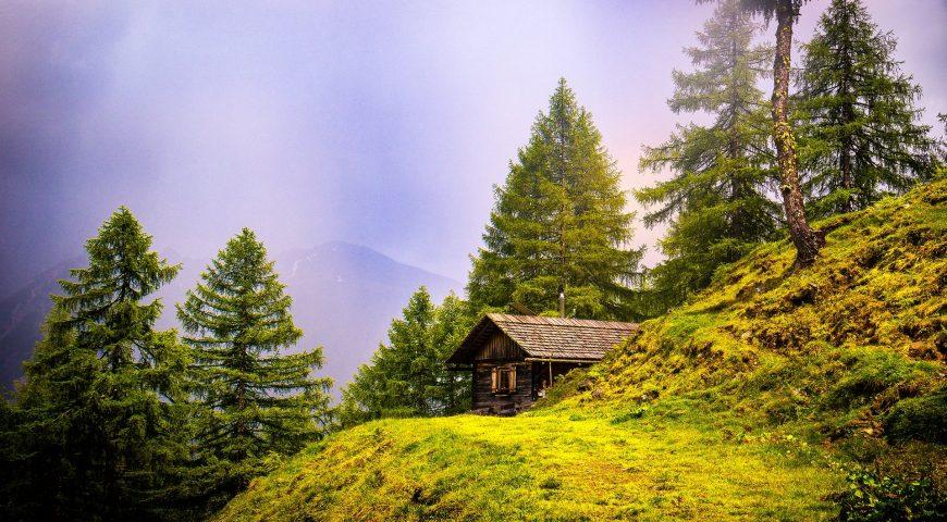 alpine-hut-3225908_1920
